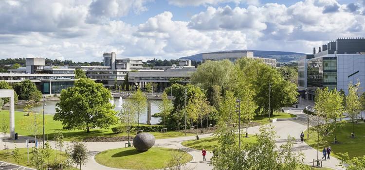 Escuela de idiomas en la Universidad de Dublín