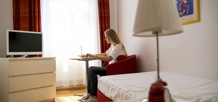 Alumna estudiando en Viena