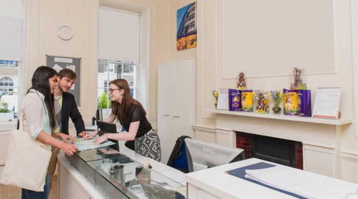 Curso-centro-TOEFL-en-Londres