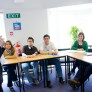 estudiantes en clase de ingles