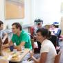 ingenieros estudiando ingles