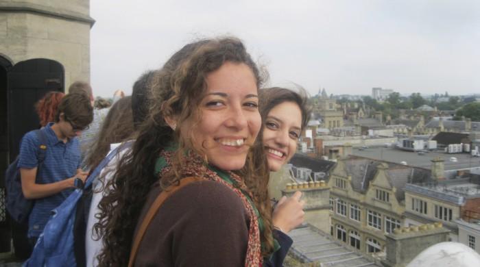 estudiantes visitando oxford