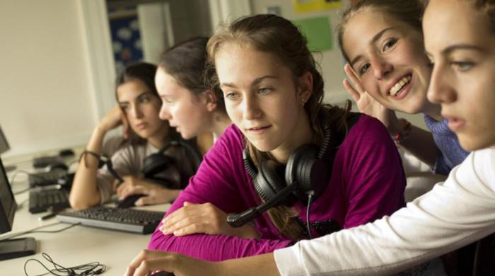 alumnos en sutton park school