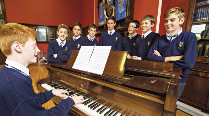 colegios con música en Irlanda