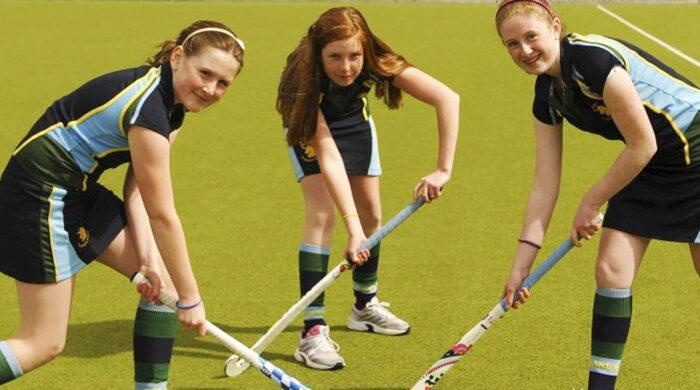 colegios con hockey en Irlanda
