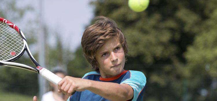 jovenes_ingles_tenis_inglaterra