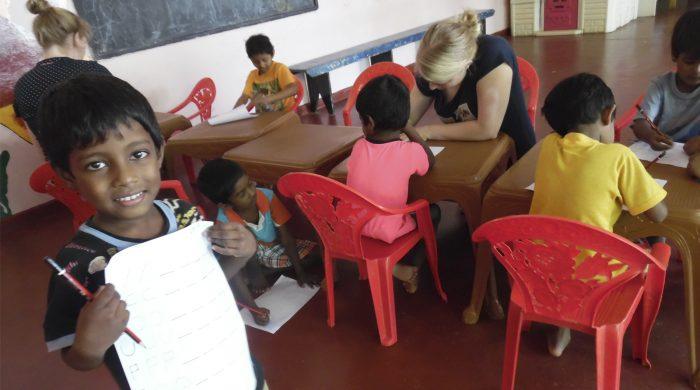 voluntariado_niños_huerfanos_Sri_Lanka
